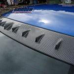 WRX尾玻璃鯊魚頂翼